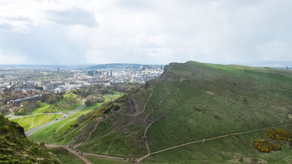 Arthurs Seat Holyrood Park - a great free view