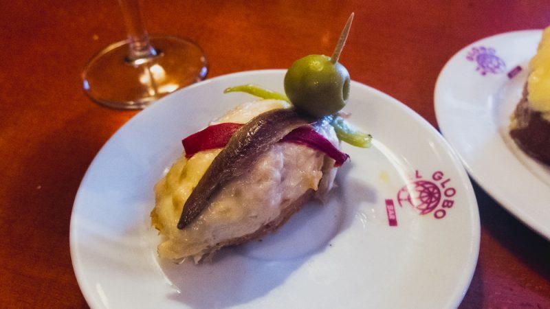pincho-tuna-anchovy-olive