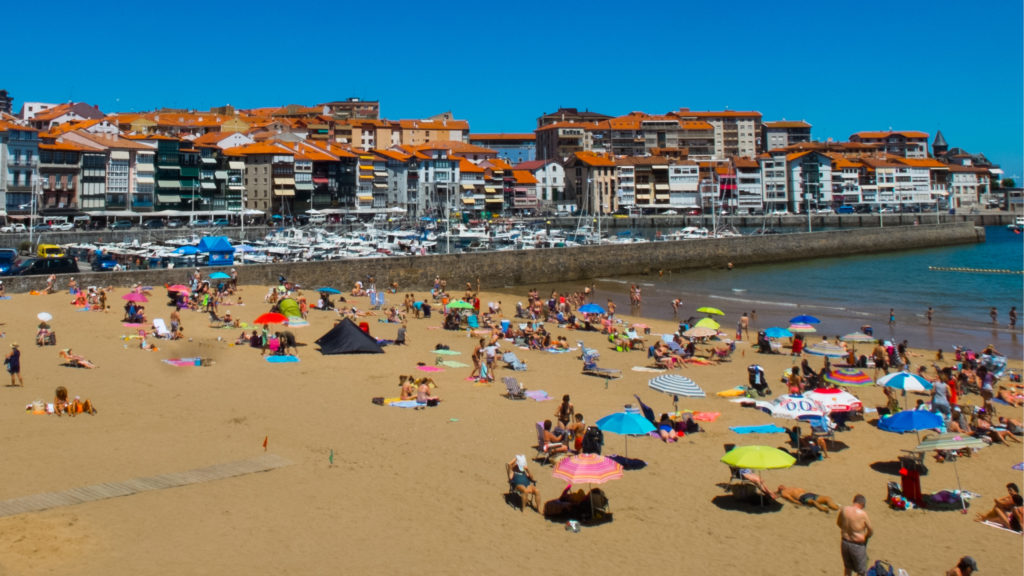 The beach in Lekeitio - click to learn more!
