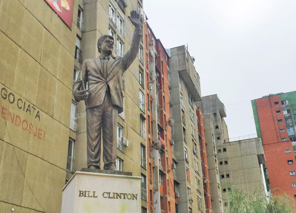 visit clinton's statue - things to do in Kosovo