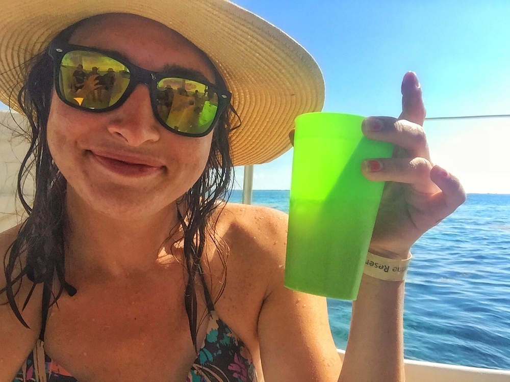 Choose Ragamuffin for a fun day out snorkeling in Belize!