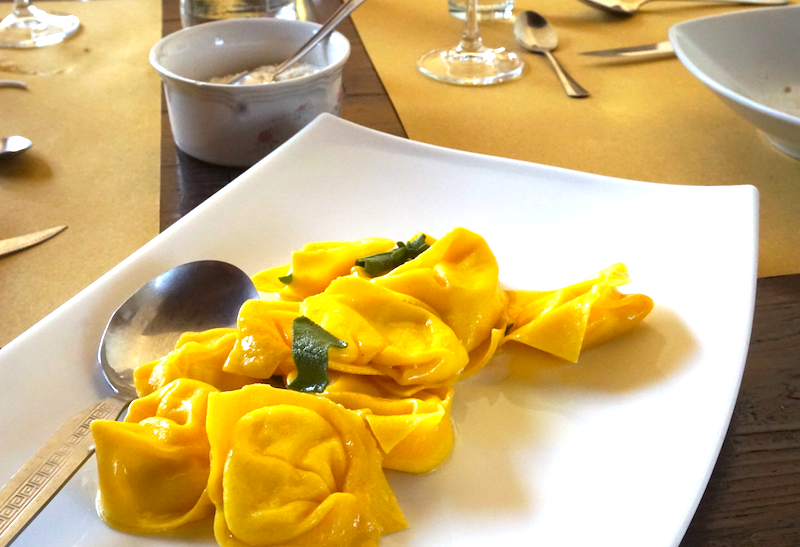 Tortelloni with sage and butter