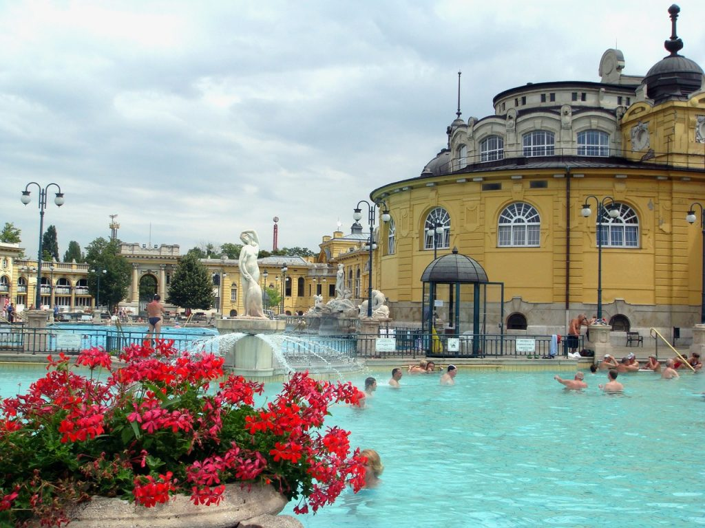 2 days in Budapest itinerary - the thermal baths